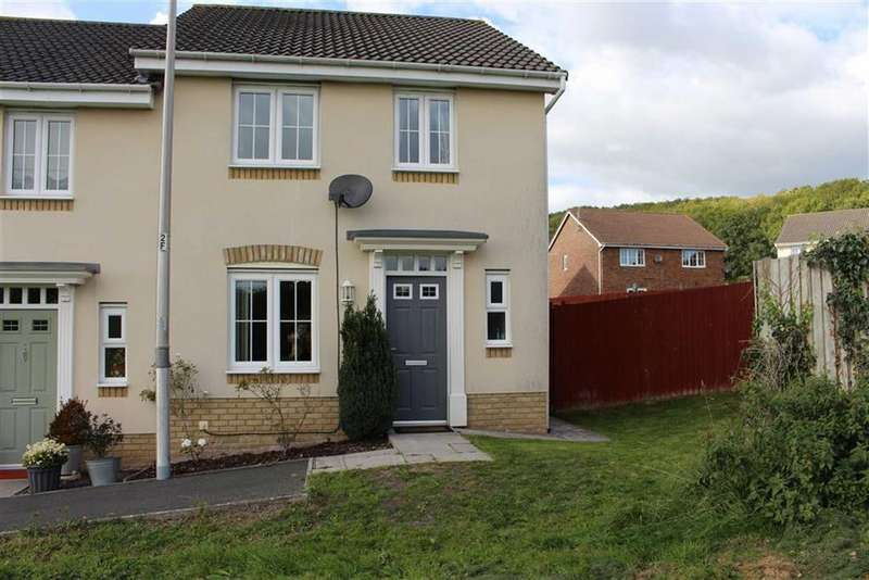 3 Bedrooms Semi Detached House for sale in Clos Celyn, Pencoedtre Village, Barry