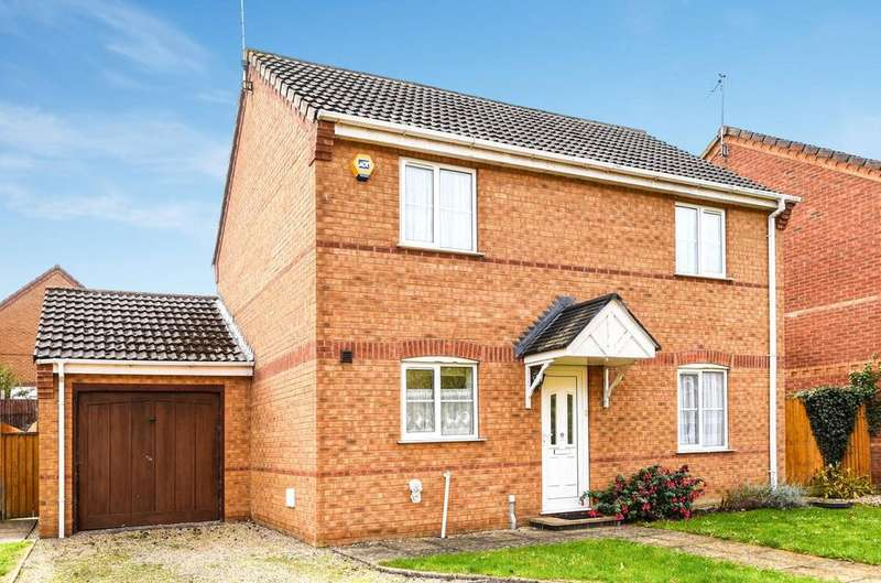 3 Bedrooms Detached House for sale in Beech Rise, Sleaford, NG34