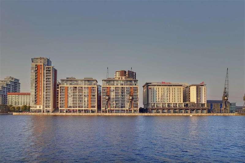 3 Bedrooms Flat for sale in Capital East Apartments, Excel, London