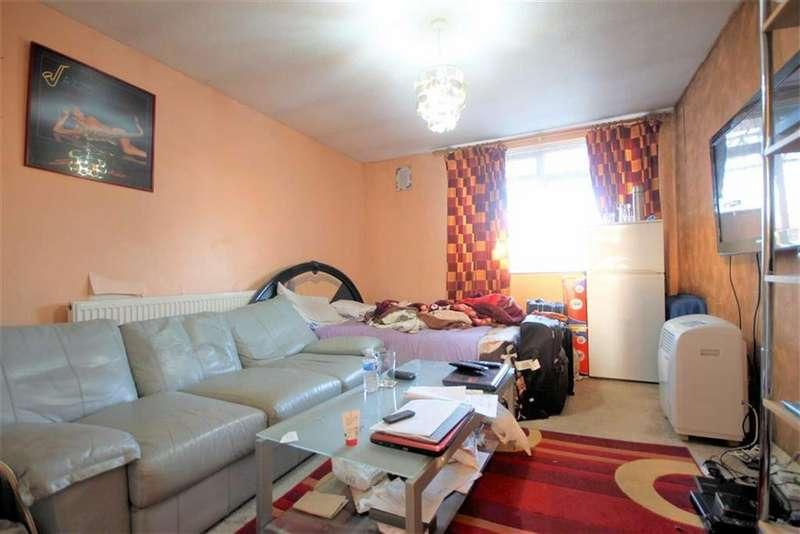 2 Bedrooms Flat for sale in Burlington Court, Tottenham