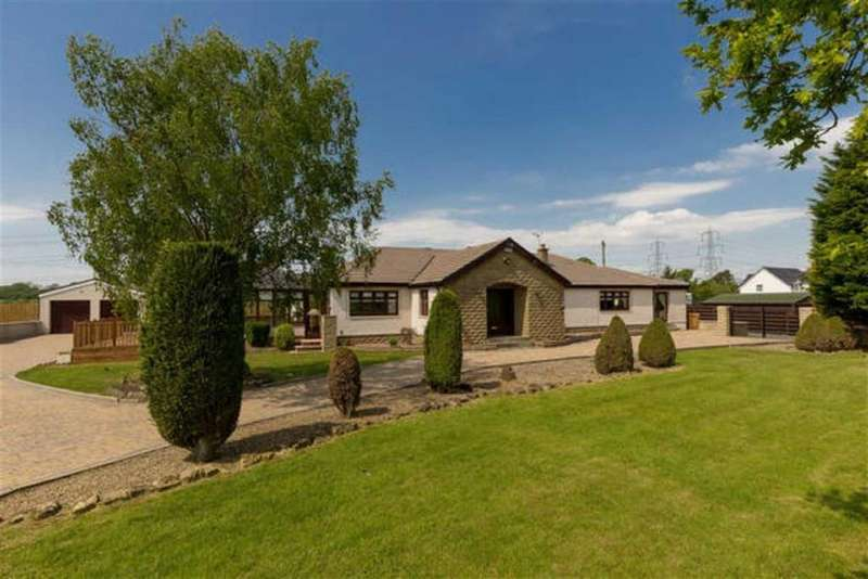 4 Bedrooms Bungalow for sale in Moss Road, By Dunmore, Falkirk