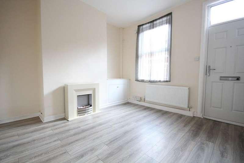 2 Bedrooms Terraced House for sale in Clifton Street, Broadgate, Preston