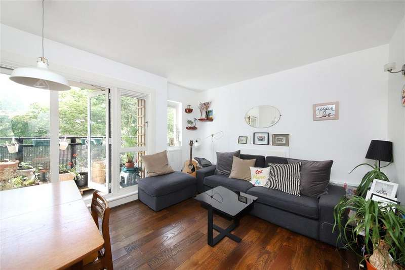 3 Bedrooms Apartment Flat for sale in Viking House, Denmark Road, Camberwell, SE5