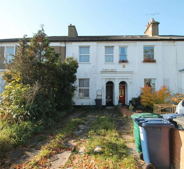 4 Bedrooms Terraced House for sale in Long Lane, East Finchley, N2