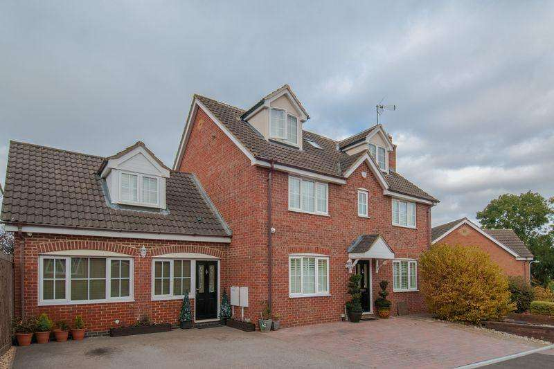 6 Bedrooms Detached House for sale in Donne Close, Higham Ferrers