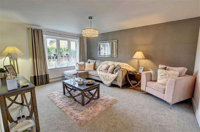 3 Bedrooms Bungalow for sale in Foxhills, Brierfield, Lancashire
