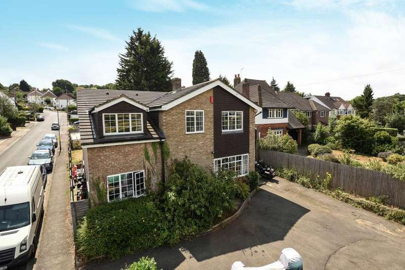 6 Bedrooms Detached House for sale in Oxhey Hall, Hertfordshire, WD19