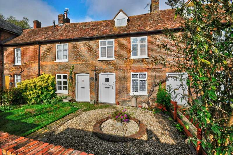 2 Bedrooms Terraced House for sale in Lower Icknield Way, Chinnor