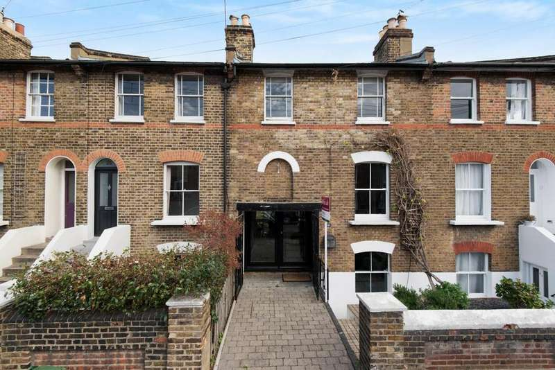 3 Bedrooms Terraced House for sale in Reynolds Place, Blackheath
