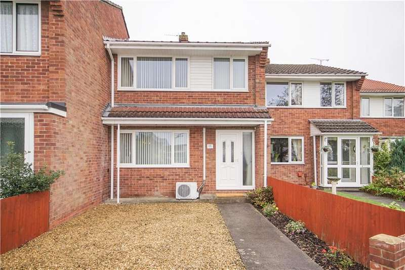 3 Bedrooms Terraced House for sale in Lyndale Road, Yate, Bristol, BS37 4DD