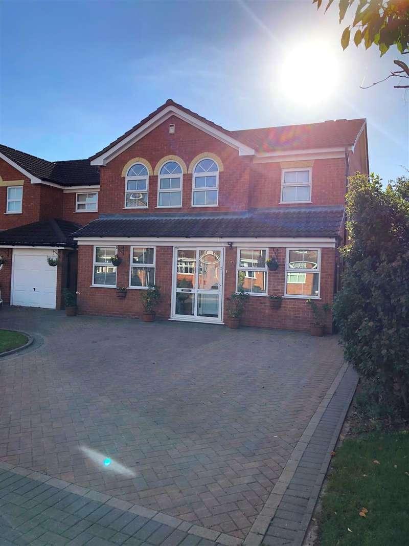 4 Bedrooms Detached House for sale in Boardman Crescent, Stafford