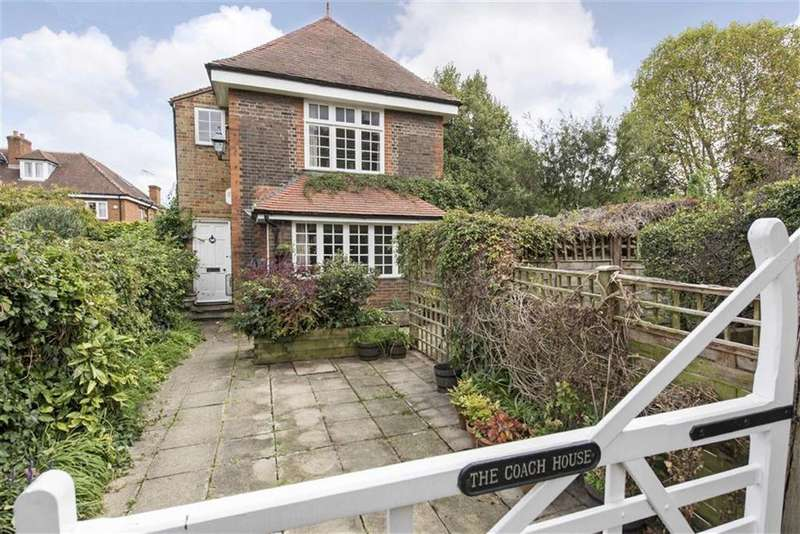 2 Bedrooms Cottage House for sale in St Simons Avenue, Putney, SW15