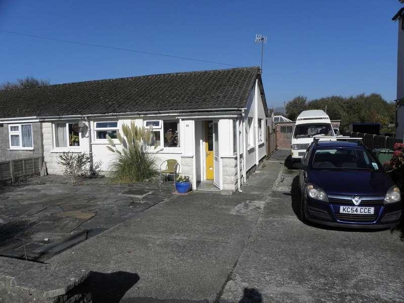 2 Bedrooms Bungalow for sale in 50 Belgrave Road, Fairbourne, LL38 2AZ