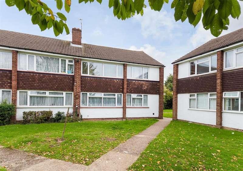 2 Bedrooms Flat for sale in Farnham Road, Slough