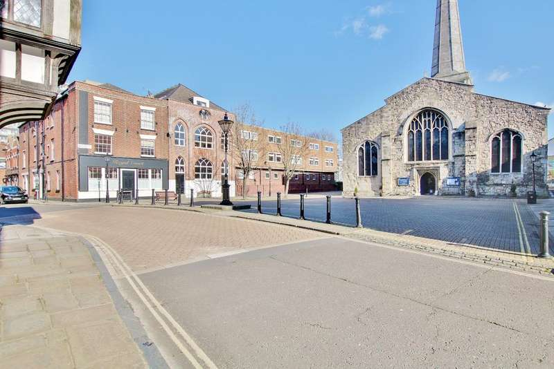 2 Bedrooms Apartment Flat for sale in St Michael's Square, Southampton