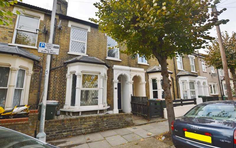 3 Bedrooms Terraced House for sale in Mathews Park Avenue, Stratford, London, E15 4AE