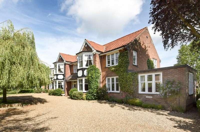 10 Bedrooms Detached House for sale in West Runton