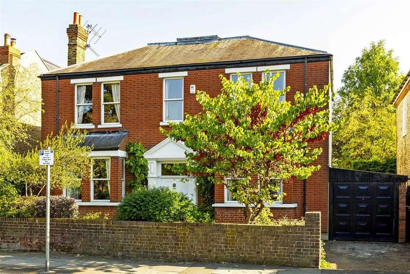 5 Bedrooms Detached House for sale in Trinity Road, Wimbledon