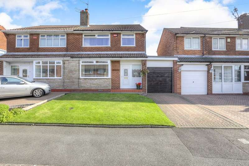 3 Bedrooms Semi Detached House for sale in Welch Road, Hyde, SK14