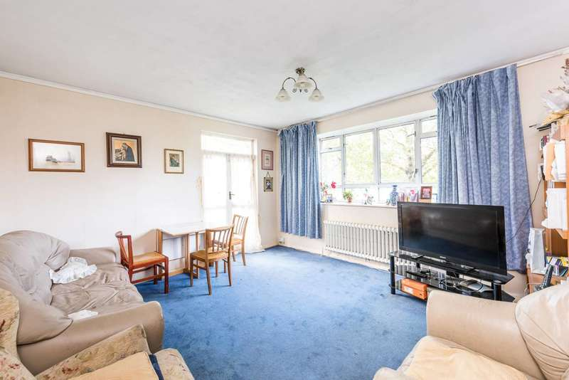 4 Bedrooms Flat for sale in Churchill Gardens, Pimlico, SW1V
