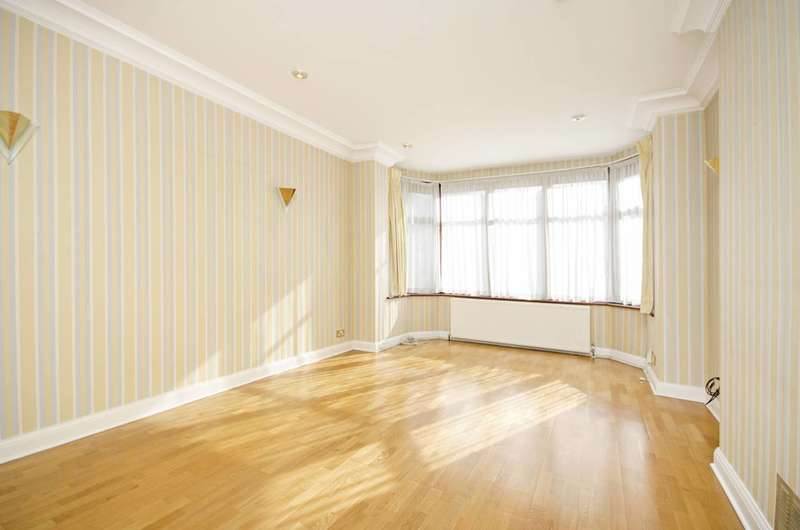4 Bedrooms Detached House for sale in Armitage Road, Golders Green, NW11