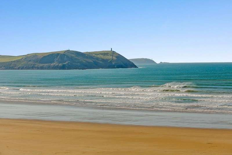3 Bedrooms Flat for sale in Atlantic Terrace, New Polzeath, Wadebridge, Cornwall