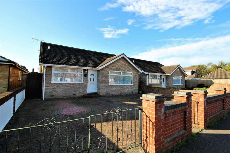 2 Bedrooms Bungalow for sale in Lodge Lane, Grays