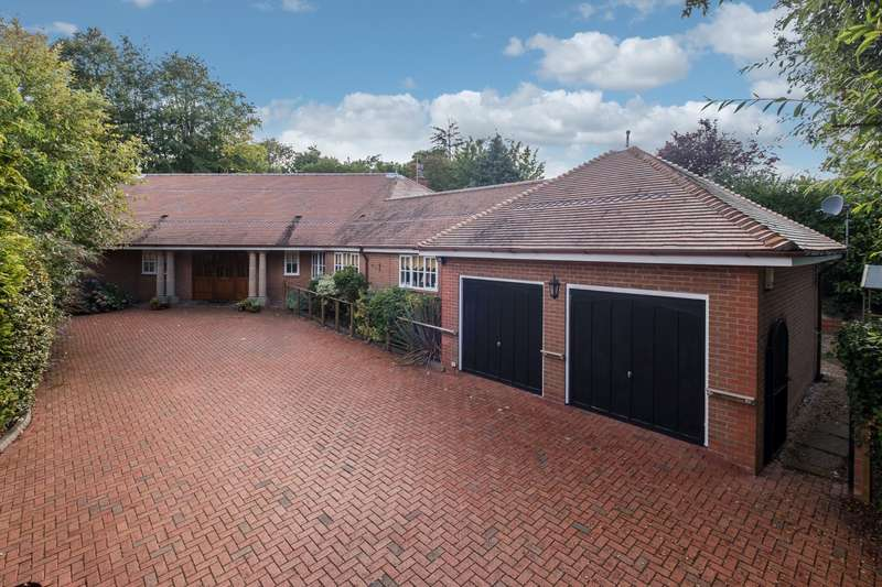 4 Bedrooms House for sale in 4 bedroom property in Kelsall