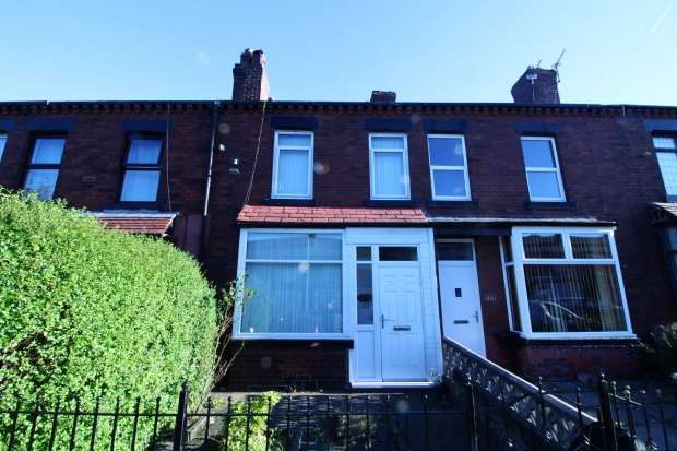 3 Bedrooms Terraced House for sale in Wigan Road, Bolton, Lancashire, BL3 4QJ
