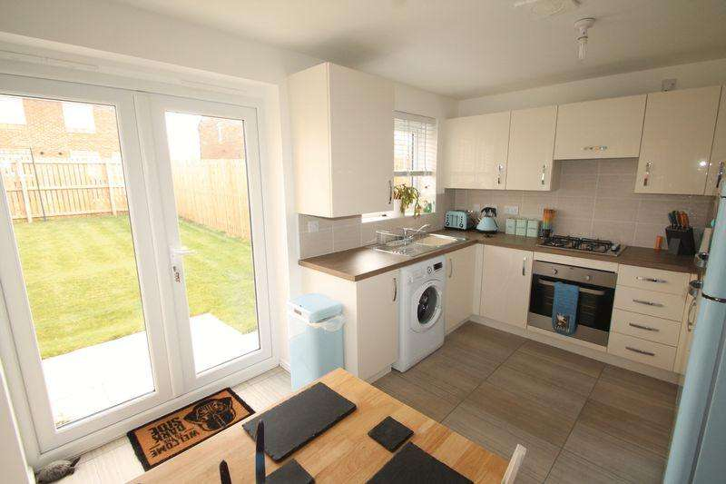 3 Bedrooms Semi Detached House for sale in Middlebeck Close, Middlesbrough