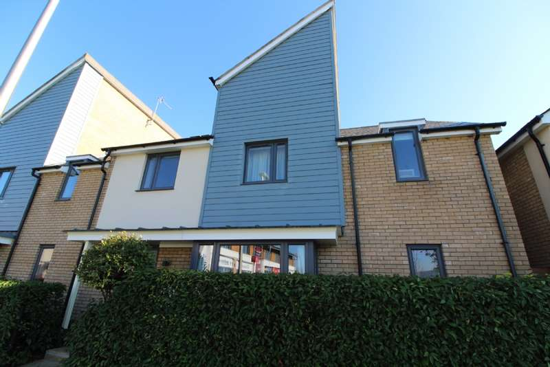 4 Bedrooms End Of Terrace House for sale in Selkirk Drive, Oakridge Park, Milton Keynes, Buckinghamshire