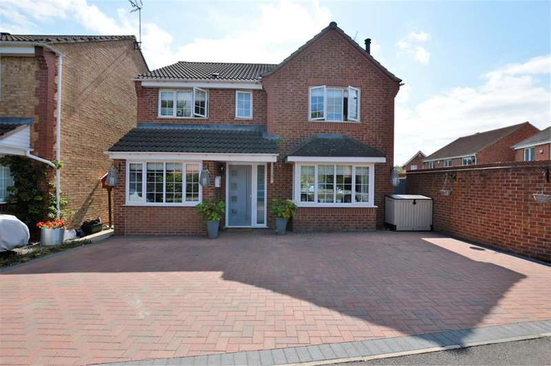 4 Bedrooms Detached House for sale in Pochins Bridge Road, Wigston, LE18 4NR