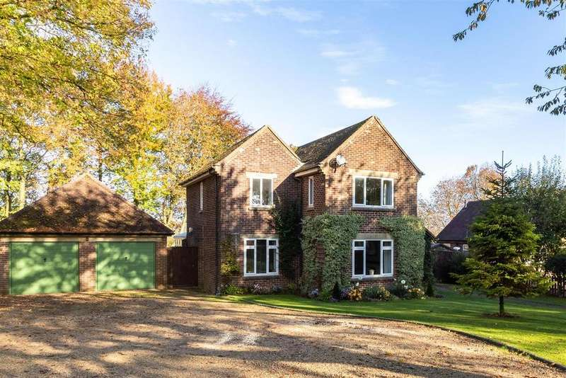 3 Bedrooms Detached House for sale in Smith Barry Circus, Upper Rissington, Gloucestershire
