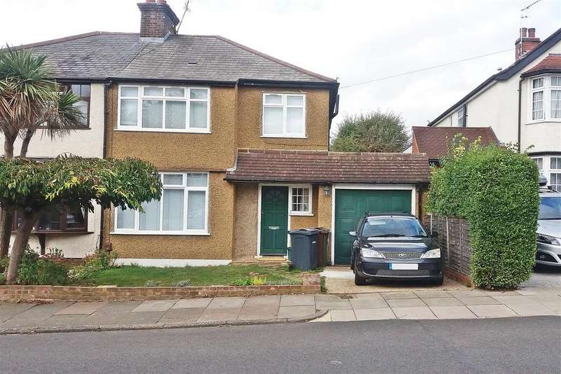 3 Bedrooms Semi Detached House for sale in Salisbury Avenue, St. Albans