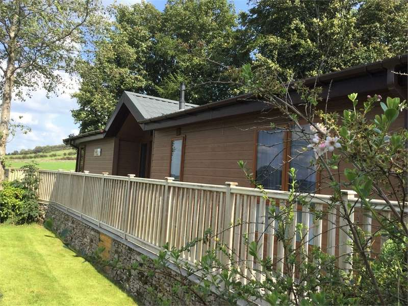 2 Bedrooms Park Home Mobile Home for sale in CA10 2LT Hillcroft Park, Pooley Bridge, Penrith, Cumbria