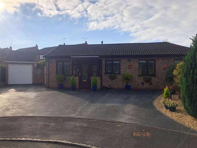 3 Bedrooms Detached Bungalow for sale in Lapley Avenue, Stafford