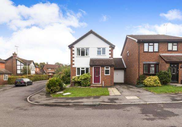 3 Bedrooms Link Detached House for sale in Warfield, Bracknell, Berkshire