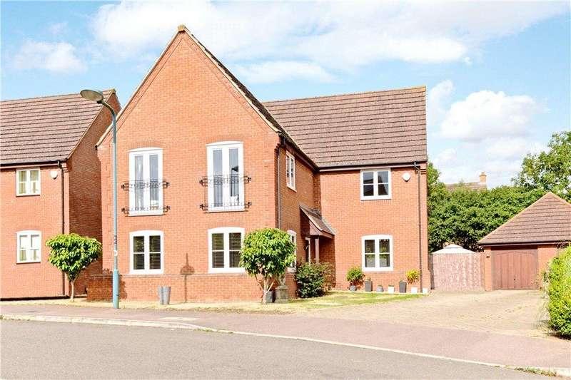 4 Bedrooms Detached House for sale in Ayrton Close, Grange Farm, Milton Keynes, Buckinghamshire