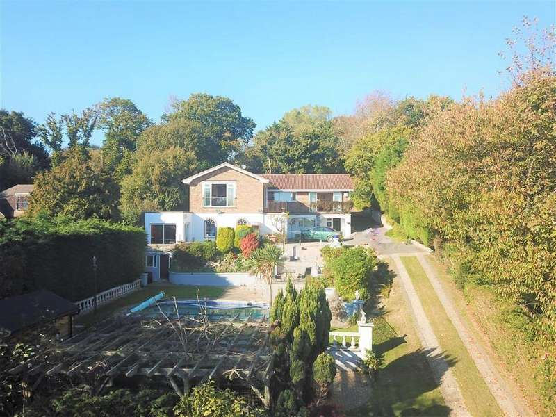 5 Bedrooms Detached House for sale in Battery Hill, Fairlight