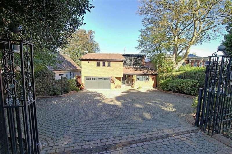 5 Bedrooms Detached House for sale in Barnet Lane, Elstree, Hertfordshire