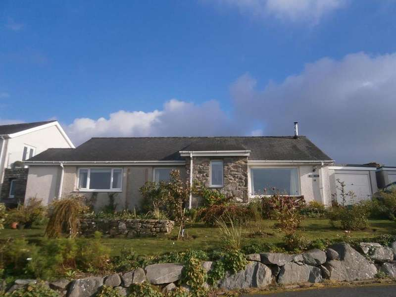3 Bedrooms Detached Bungalow for sale in Heol Y Bryn, Harlech