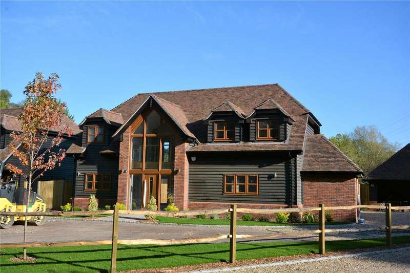 4 Bedrooms House for sale in High View, The Barracks, Hook, RG27