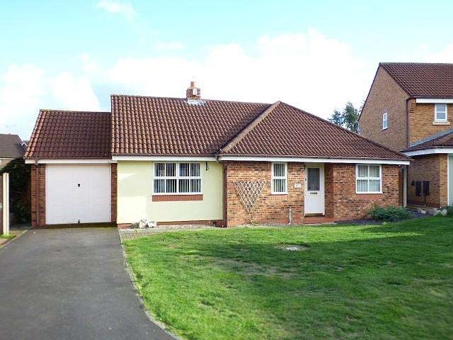 3 Bedrooms Detached Bungalow for sale in Chatteris Park, Runcorn
