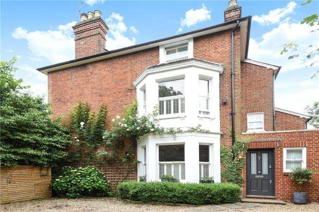 5 Bedrooms Semi Detached House for sale in The Crescent, Maidenhead, Berkshire