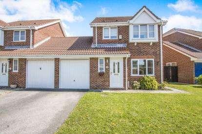 3 Bedrooms Link Detached House for sale in Christchurch, Dorset, England