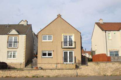 3 Bedrooms Flat for sale in Mid Street, Kirkcaldy