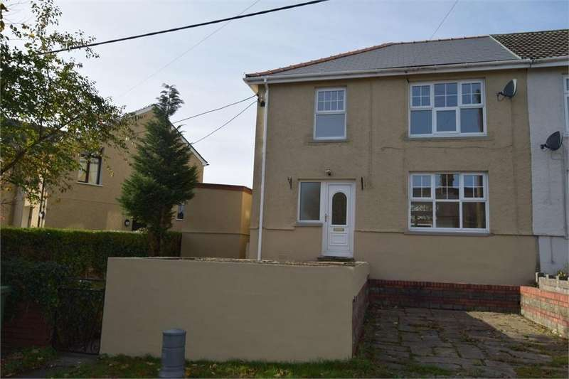 3 Bedrooms Semi Detached House for sale in The Drive, Gilfach, Bargoed