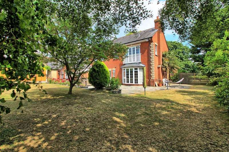 5 Bedrooms Detached House for sale in WYDDIAL, BUNTINGFORD