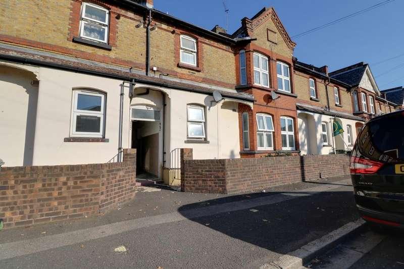 1 Bedroom Maisonette Flat for sale in Brooks Avenue, East Ham, London, E6