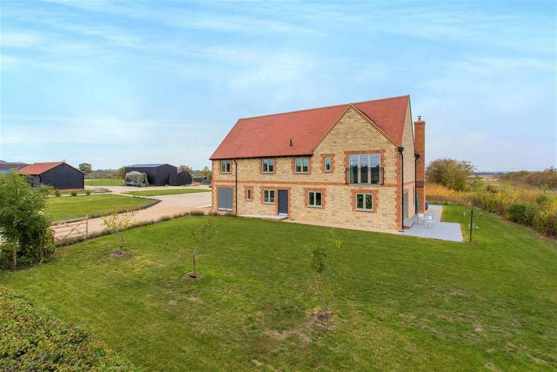 4 Bedrooms Detached House for sale in Piddington Road, Ludgershall